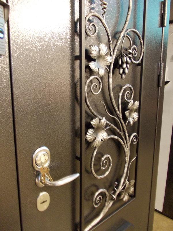 элементы ковки на входные двери